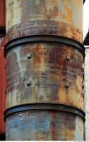 metal chimney rusty 0010
